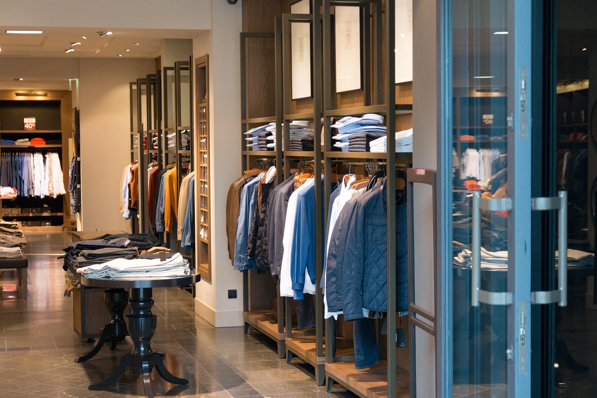 shop-906722_1920